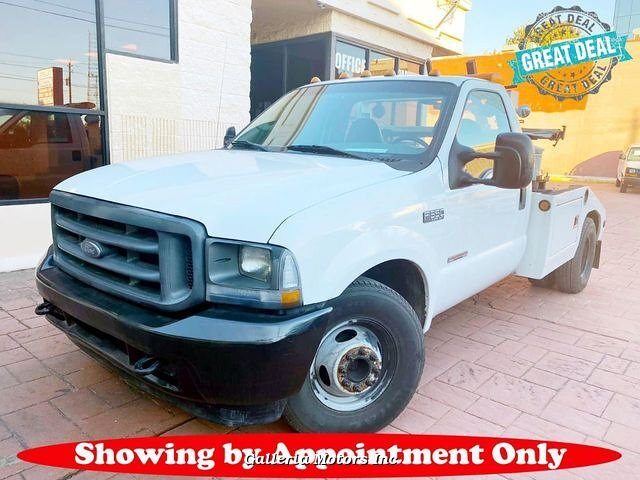 2004 Ford F350 XL Tow Truck